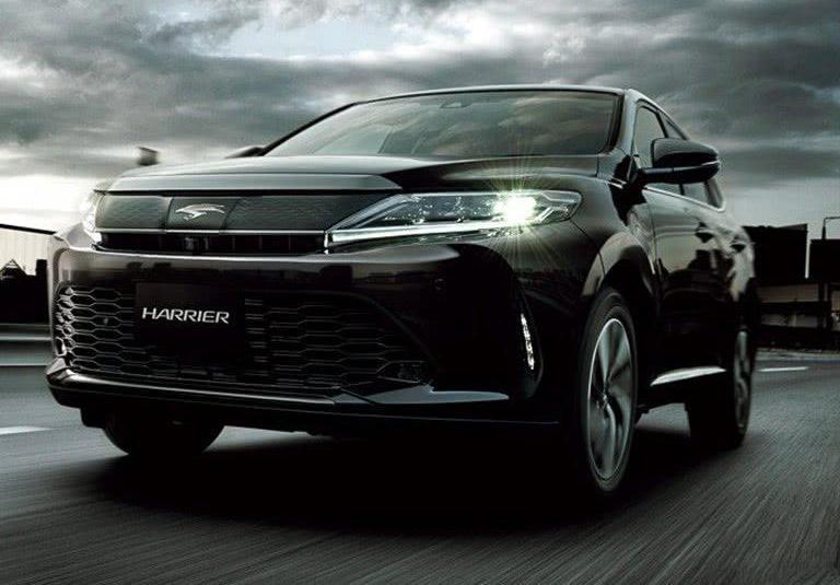 我保证,你在路上见不到这款丰田,比宝马奥迪帅气,还是混合动力