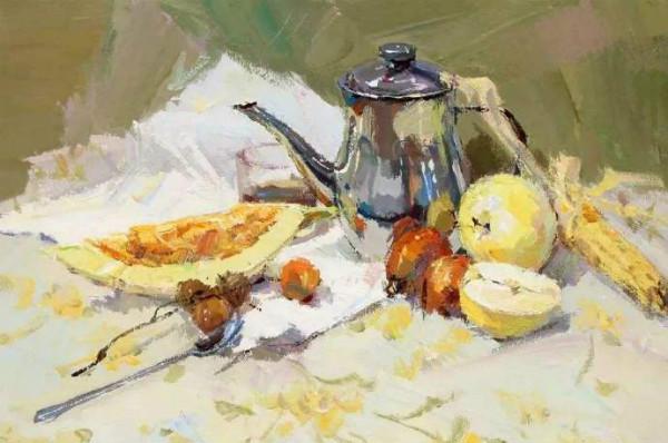 水粉画素材集:不锈钢壶,水果,不锈钢勺子,花纹衬布和白衬布的组合.