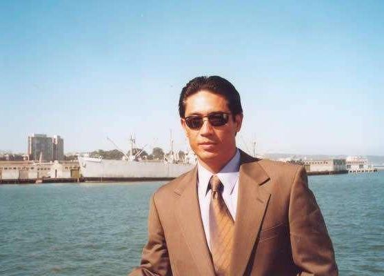 姜文对他赞誉有加,却出道多年没有名气,今独自抚养儿子21年