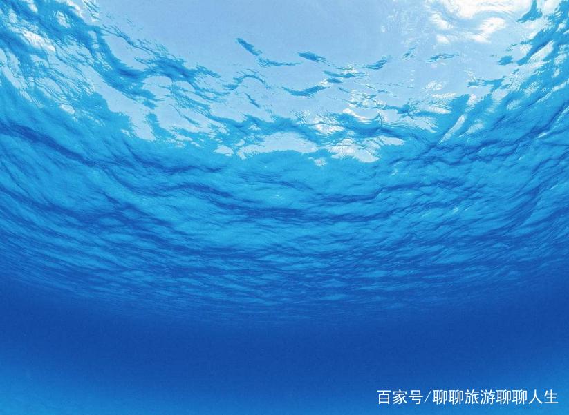 几组秀丽的大海风景照,海水太美了,你最喜欢哪一张呢?