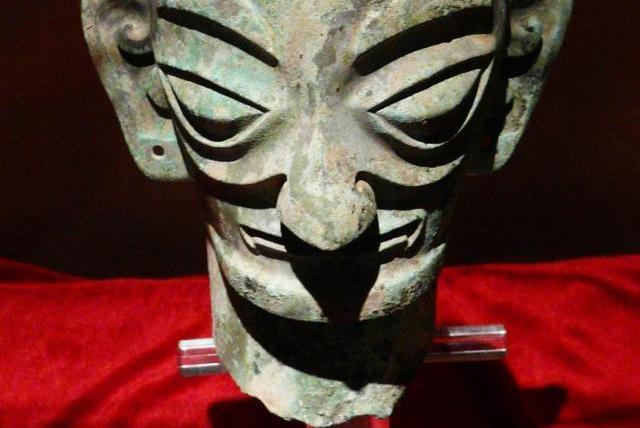 三星堆的古人们究竟见过些什么?才会创作出如此奇特的青铜文物
