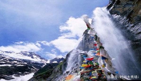 梅里雪山,有雄壮的风采,充满诗情画意!