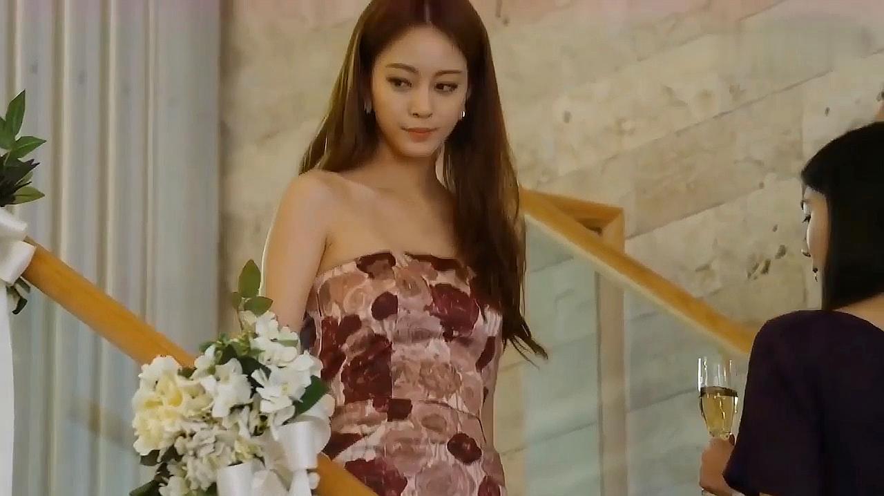 韩剧《美女的诞生》片段,美女在宴会上改头换面