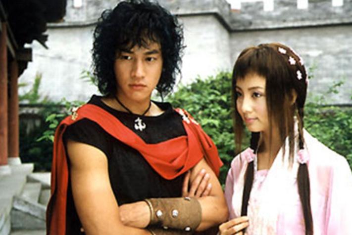 16年前的这部剧真是大咖云集,认出了秦岚,却真没认出冯绍峰