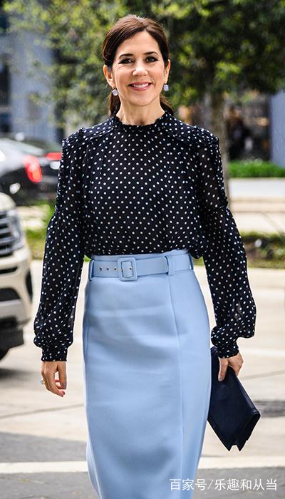 丹麦王妃服装大全照_丹麦王妃的衣品一直不错,她本周有两个造型都很亮眼