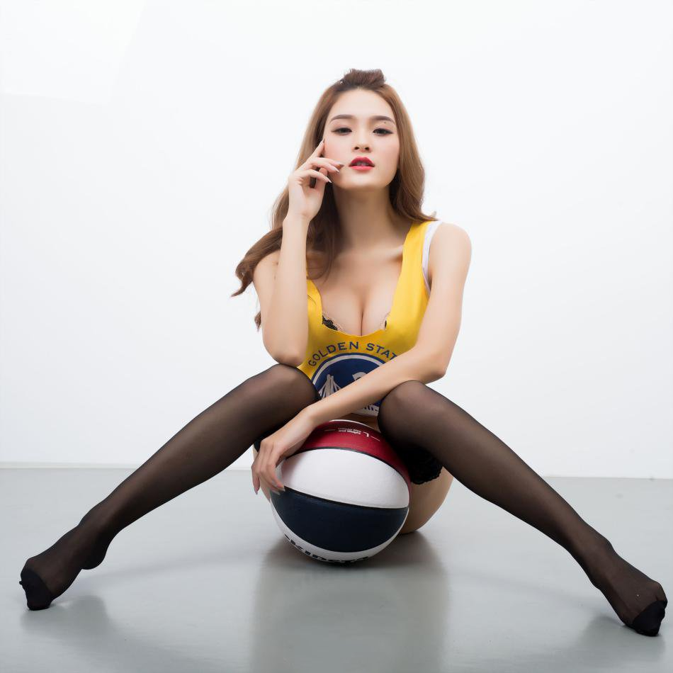 篮球宝贝性感写真