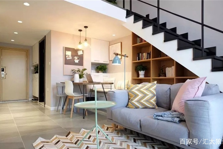 90后小美女自装46㎡挑高公寓,水准堪比设计师,楼梯书房最喜欢!