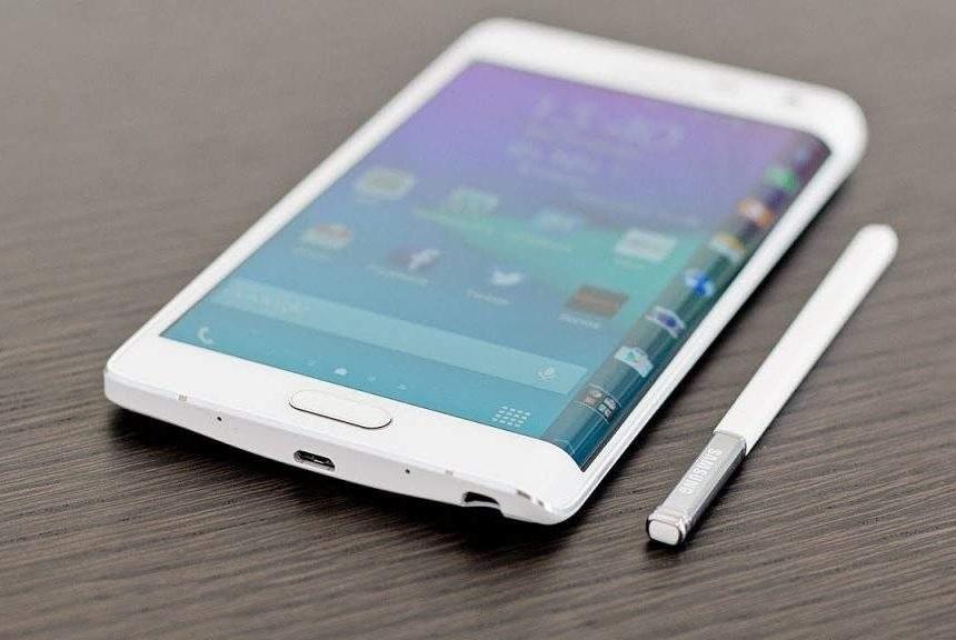 华为Mate X与三星Galaxy Fold比拼:谁是折叠屏手机的王者?