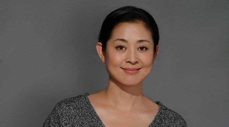 减肥成功的倪萍,越看越像林青霞,年近60的她开心复出
