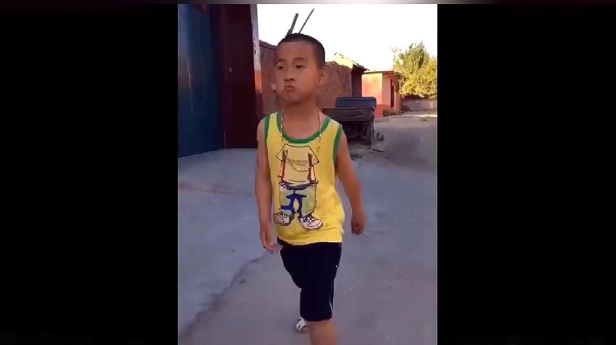 超逗农村妹子视频,太搞笑了,笑死了