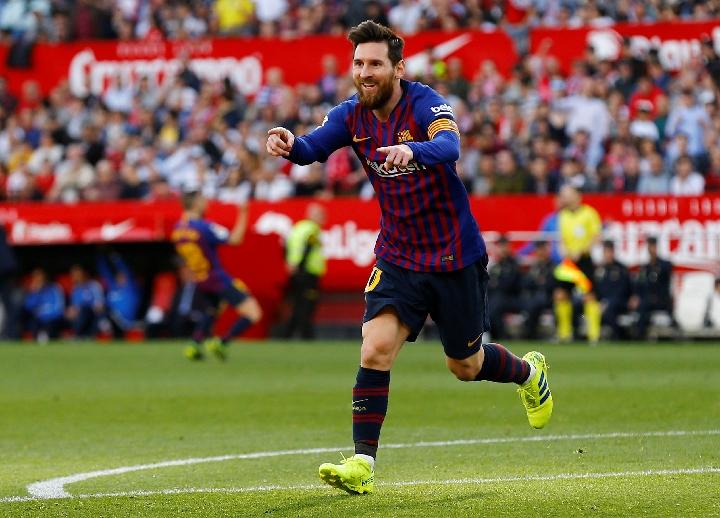 巴塞罗那队球员梅西在比赛中庆祝进球.新华社/路透图片