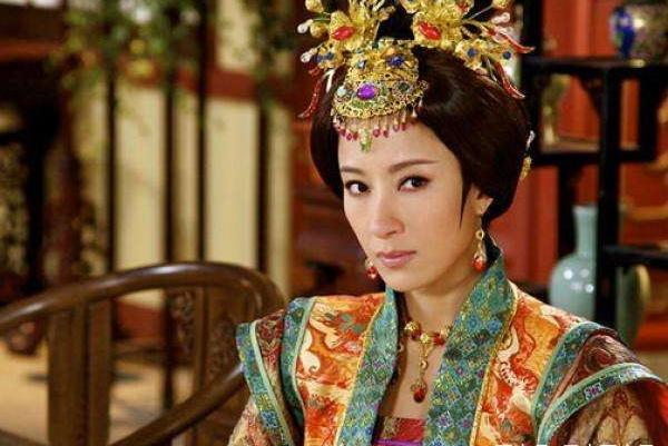 明朝皇帝宠爱一个比自己大17岁的女人是种什么样的体验?