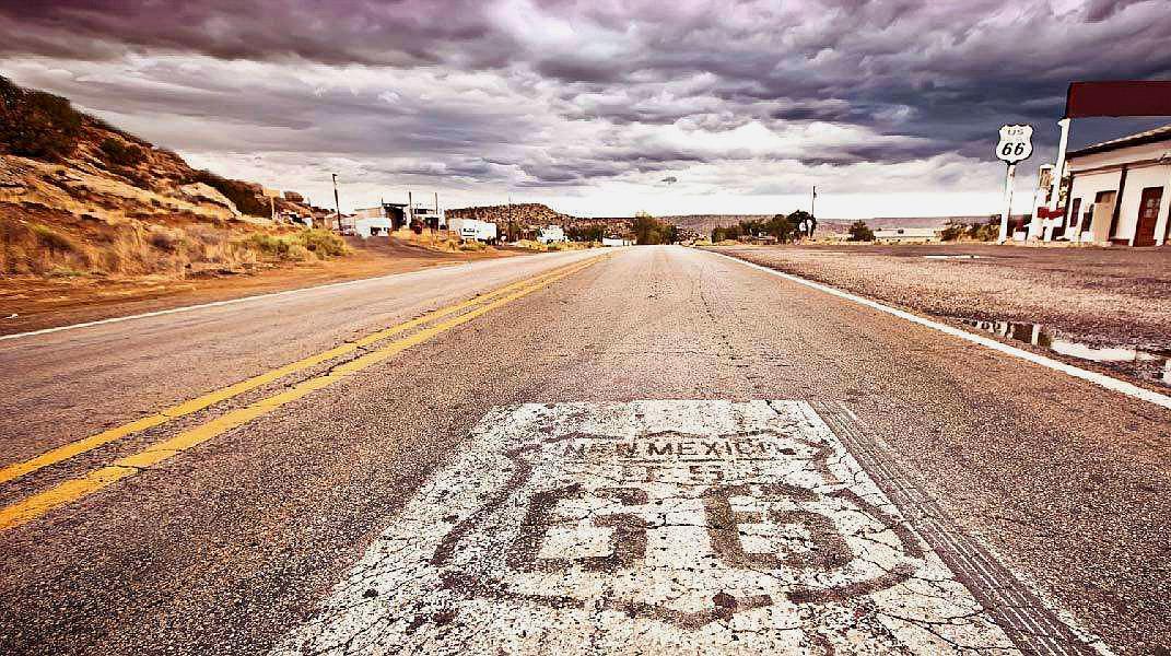 全球最长公路,横跨17个国家,其长度是地球两圈!