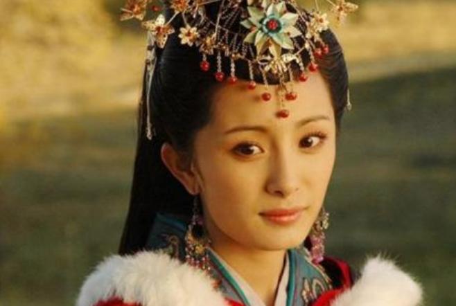 那个将王昭君故意画丑的画师,最后遭到了皇帝什么样的惩罚?