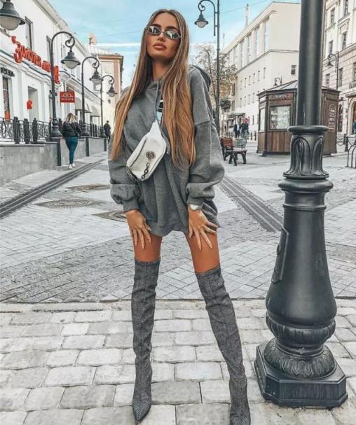 冬天还想着露腿?过膝长靴可是必备神器,保暖御寒又时髦大气!