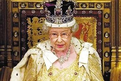 简直是王室最高级cosplay!女王的替身,30年竟没人分得清!