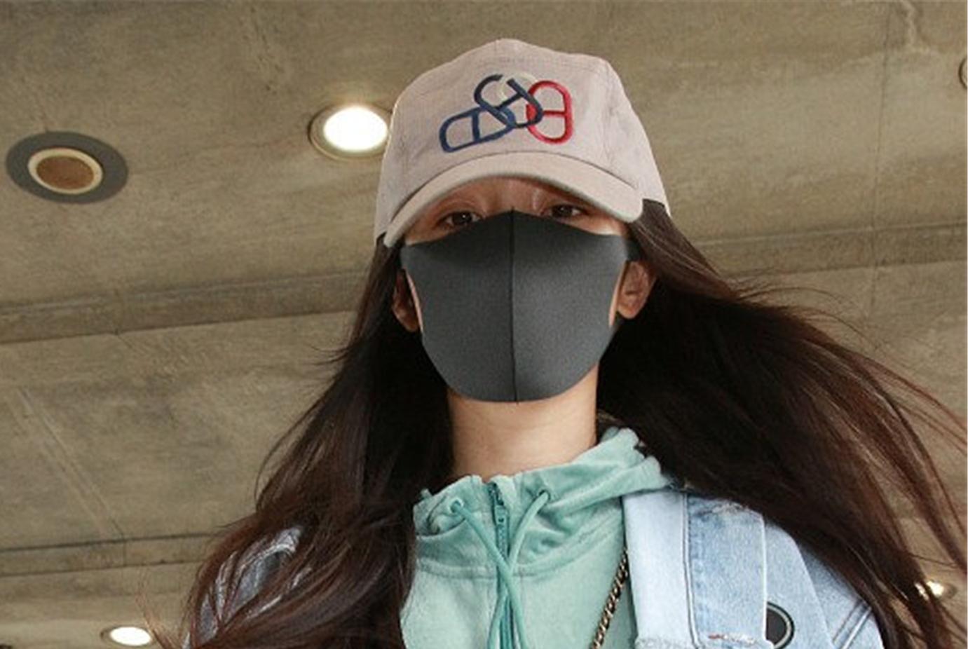 杨幂被爆离婚后首次赴港看望女儿,刘恺威爸爸刘丹却回应并不知情