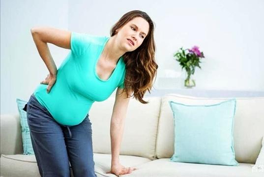 孕晚期耻骨疼只能硬抗?学会这几种缓解方法,孕妇不用那么辛苦