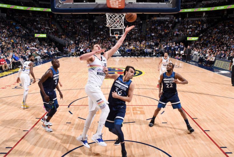 NBA神剧情!15-0、30-6,火箭太可怜,从第二到第四只用20分钟
