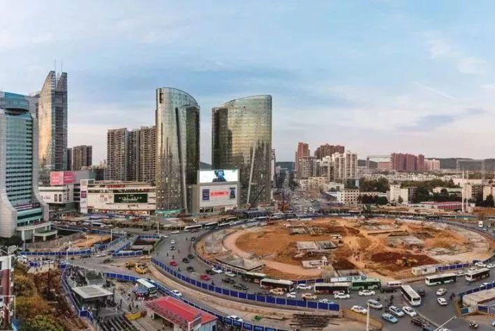 光谷广场将与黄鹤楼遥相呼应,成为武汉新地标