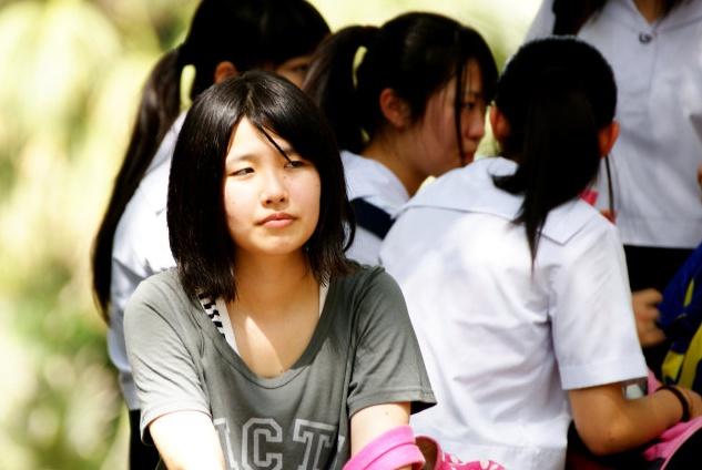 新加坡人认为他们的双语政策很成功,但很多中国人认为他们忘了本