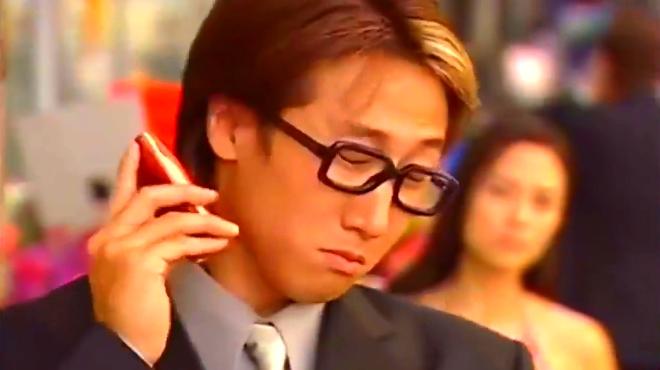 无名天使:谭耀文新店开张佘诗曼没到场发脾气!