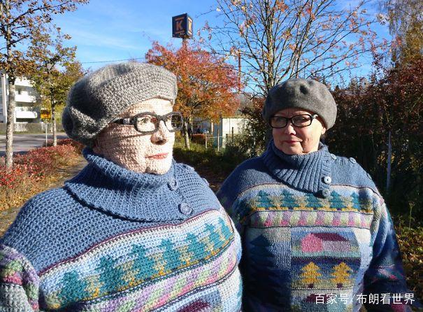 芬兰艺术家用钩针编织的人物画像,太不可思议了!
