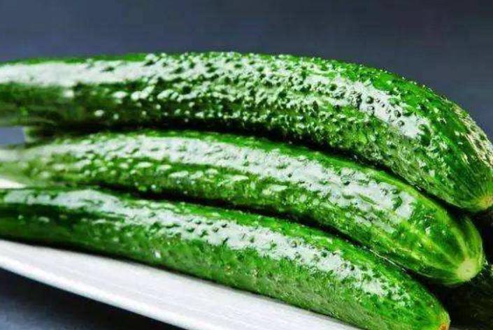 去超市买黄瓜时,应该买弯的还是直的?不了解别乱买,不然白花钱
