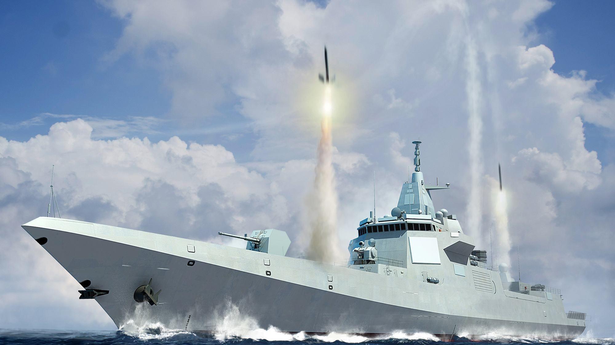 我国前三艘航母近在咫尺,055最引人注目,西方人:世界最强军舰
