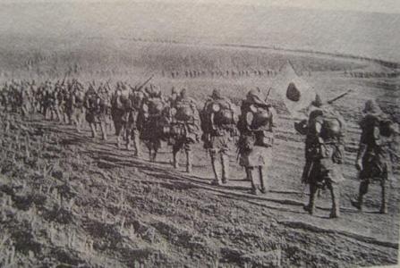 日军飞机迫降后,15名日军军官竟向老百姓要饭,结果全被海匪打死