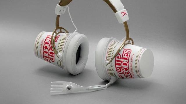 耳朵能放泡面?日清推出金士顿联名耳机,这个产品我种草了!