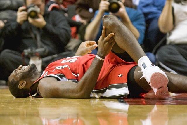 触目惊心!NBA史上最严重的五大受伤:乔治断腿第4,榜首最惨烈!