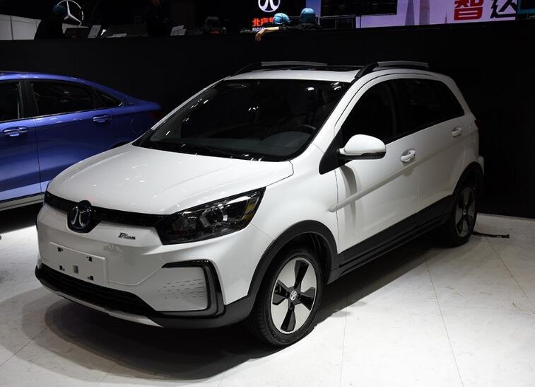 北汽新能源车型EC5,续航能力强,来进行争夺市场