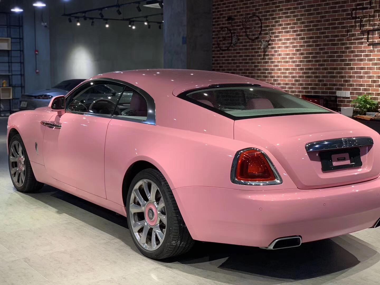 全新粉色劳斯莱斯古斯特,全国限量4台