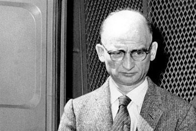 """他是前苏联的间谍大师,但是""""千面人""""最终因为一枚硬币被识破"""