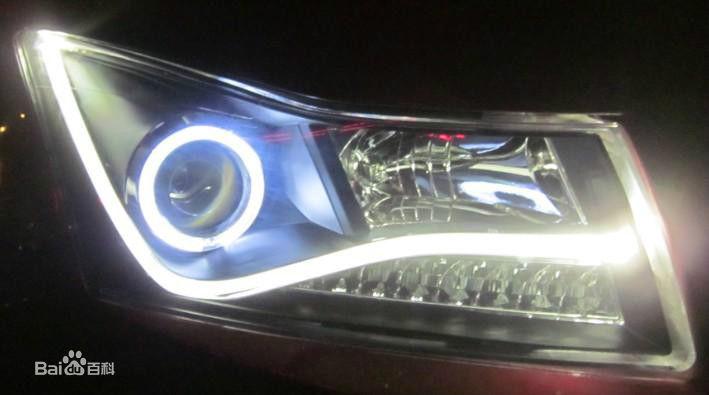 汽车装什么灯好?疝气大灯和LED灯选哪个?看完这篇文章你就知道