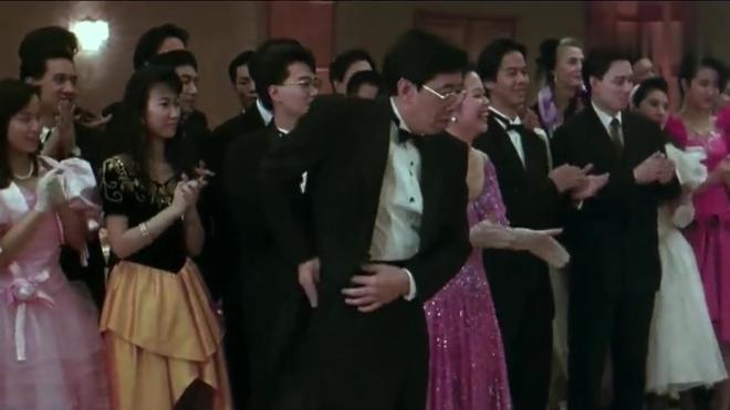 纵横四海:张国荣 周润发和钟楚红三人搞笑的片段