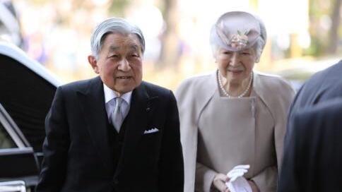 """""""平成时代""""即将落幕!日本民众:这30年天皇角色更开明、亲民"""