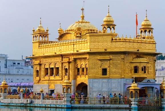 """印度""""吊炸天""""的金庙,880公斤纯金打造,还免费开放"""