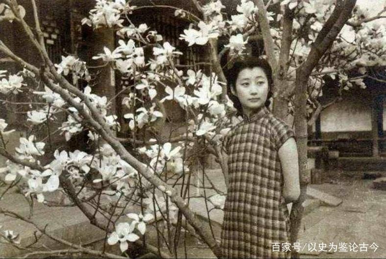 她一辈子不结婚不工作,活到90岁,潇洒快活无惧世俗眼光