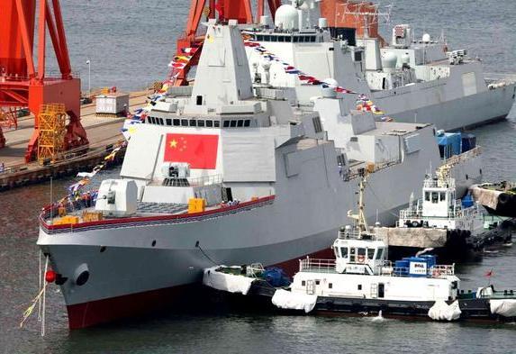 疑似官宣,055型大驱或在3月份有新舰下水,这一点,美国自愧不如