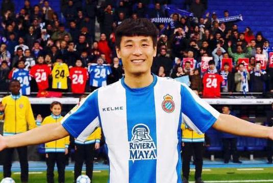 中国骄傲!武磊抒写历史的同时,另一位中国球员将打破杨晨神迹