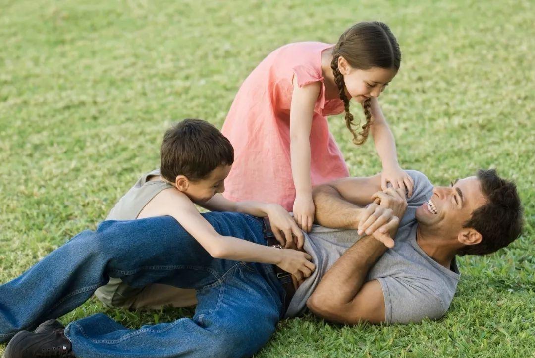 和谐的亲子关系是最好的家庭教育