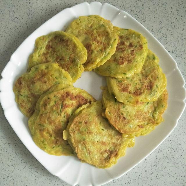黄瓜鸡蛋饼,这样做好看又好吃,简单易做,健康又营养