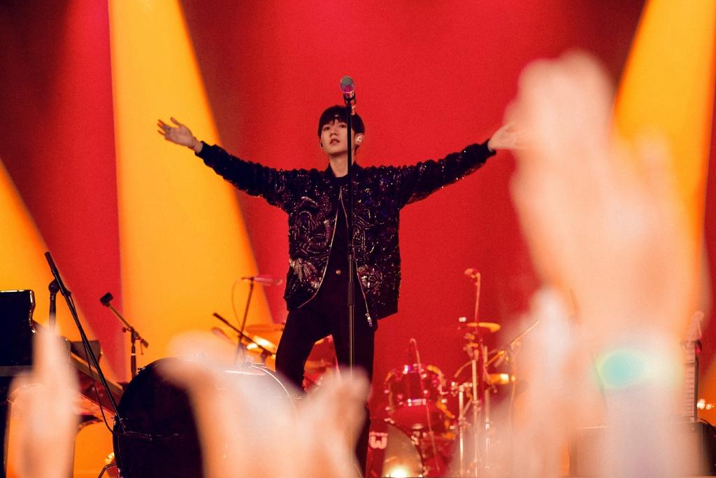 王源消失一个月后带新歌回归,其实早在116天前他就暗示过,有心