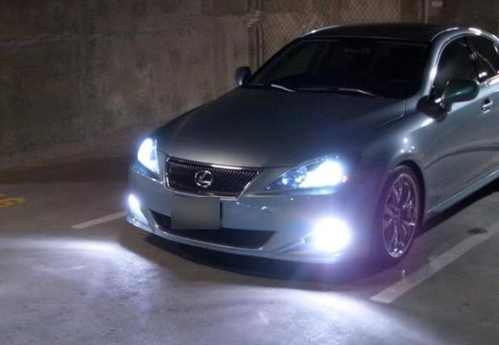 LED和氙气大灯哪个更好用?老司机终于说清楚,选对不花冤枉钱