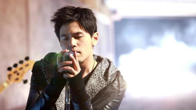 """台湾最受欢迎的5位歌手,周杰伦上榜,她有着""""情歌王后""""之称!"""