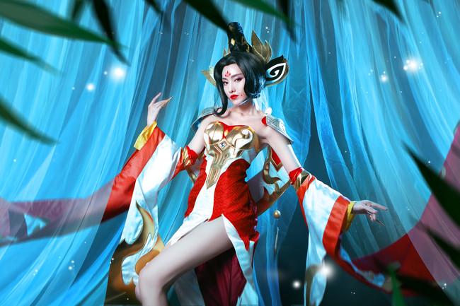 女皇陛下武则天cos,出镜cn:逆逆ginni