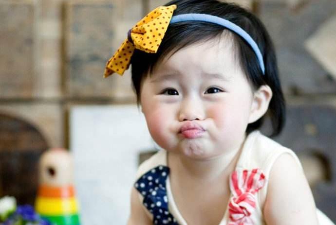 宝宝迟迟不会说话就说明有问题?可不能怪孩子,可能是父母的原因