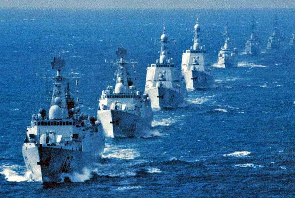 中国海军成世界标杆,俄罗斯直言:建设055大驱一样的舰队顶梁柱